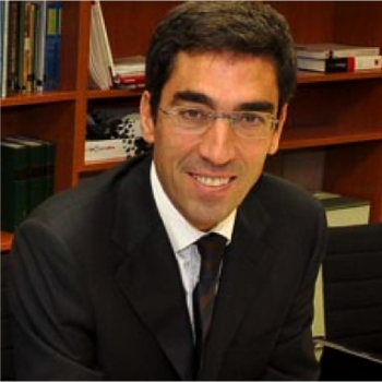 Dr. Perez Villacastín